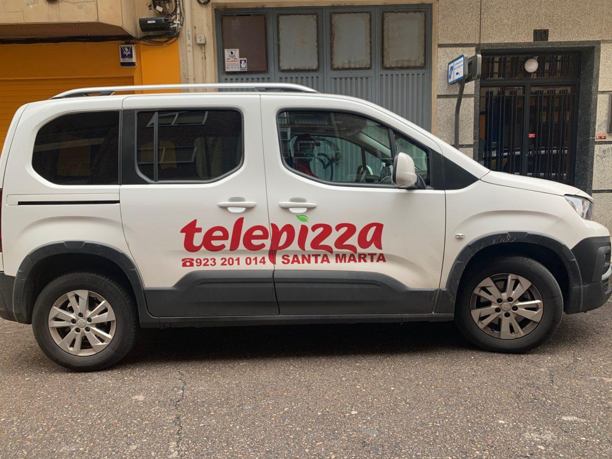 Rotulación coche Telepizza