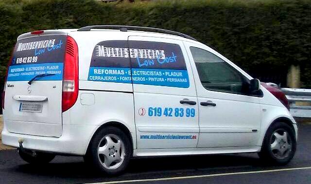 Rotulación coche Multiservicios Lowcost